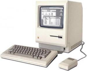 Il Mac 128k, primo modello in commercio.