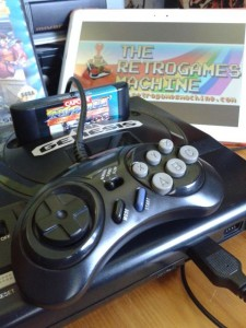 Un pad a 6 tasti (non originale Sega), usato nella prova del gioco per la stesura di quest'articolo.